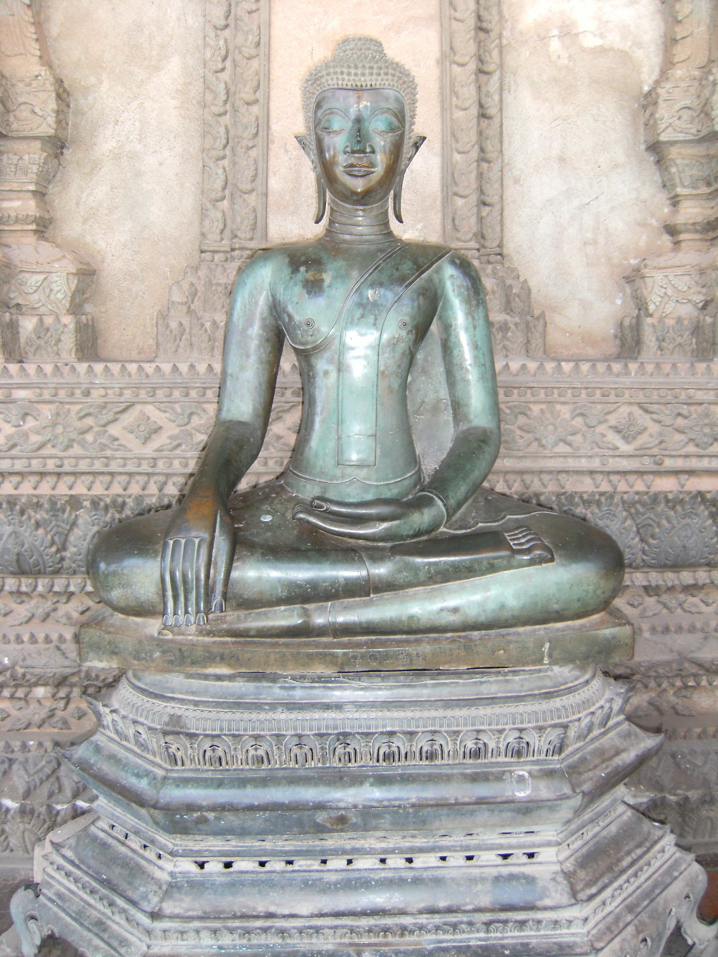Buddha_in_Haw_Phra_Kaew